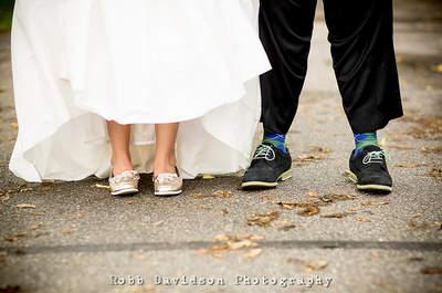 Medias de colores para novios: un toque moderno y alegre para la boda
