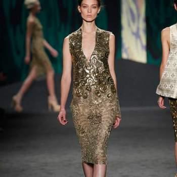 Que os vestidos de noiva da Vera Wang estão entre os mais amados, ninguém tem dúvidas! Mas se você ainda não viu os vestidos para convidadas da estilista da coleção primavera/verão 2013, aproveite. A coleção, elegante, vem cheia de tons dourados e verdes brilhantes.