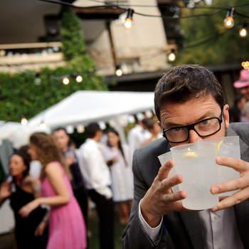 No solo los novios serán protagonistas de las fotos, también hay espacio para vuestros amigos y familiares. Foto: U&U photo. Web: http://www.u-uphoto.com/