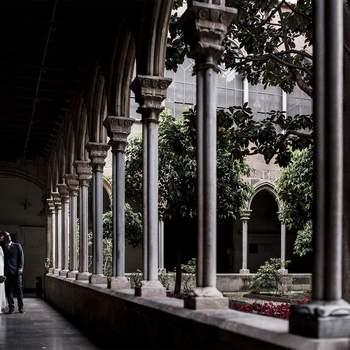 Foto: Sergi Maneja Fotografia. La profesionalidad es la base del trabajo de este fotógrafo, por lo que en cada reportaje cuida cada detalle. Para ello, sabe que es fundamental conocer a cada pareja y descubrir sus gustos y aquello que les emociona. Así, consigue reflejarlo el día de la boda en cada una de las instantáneas.