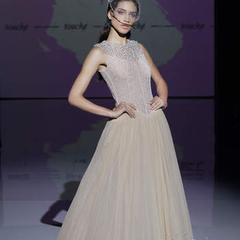Isabel Zapardiez. Credits; Barcelona Bridal Fashion Week