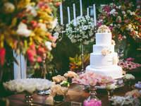 Hochzeitstorten im romantischen Stil: Setzen Sie den letzten Schliff