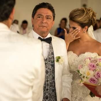 "<a href=""https://www.zankyou.com.co/f/hristian-goenaga-wedding-photographer-425010"" target=""_blank"">Christian Goenaga Wedding Photographer</a>"