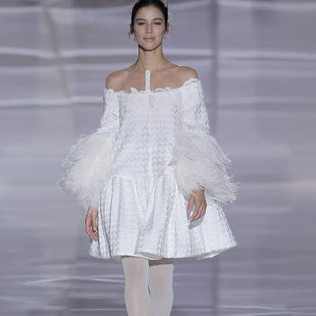 Kleid von Jesus Peiro