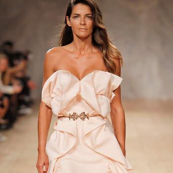 A modelo Luísa Beirão desfilou para o designer Diogo Miranda