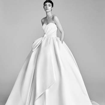 Bow Drape Ballgown. Credits- Viktor and Rolf.