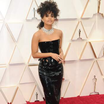 Zazie Beetz | Thom Browne + Joias Bulgari | Crédits: Cordon Press