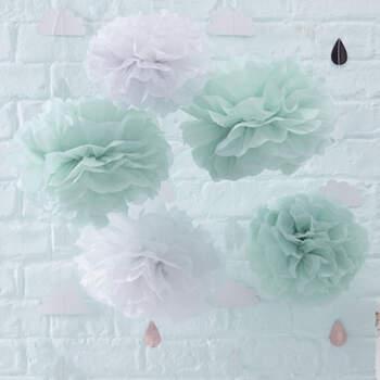 Pompones blancos y menta 5 unidades- Compra en The Wedding Shop