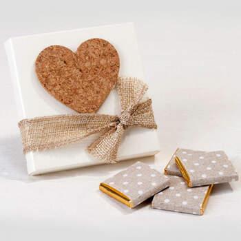 Caja Corazón De Corcho Adhesivo- Compra en The Wedding Shop
