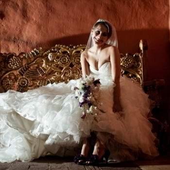 """Foto: <a href=""""http://www.regina.saludesltda.com/"""" target=""""_blank"""">Bodas y Glamour Regina Brieva</a>"""