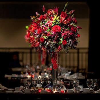 Arreglo de flores rojas