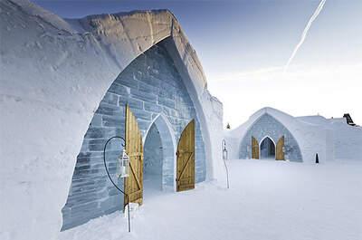 Capillas de hielo del Hotel de Glace, en Canadá. Foto: Hotel de Glace
