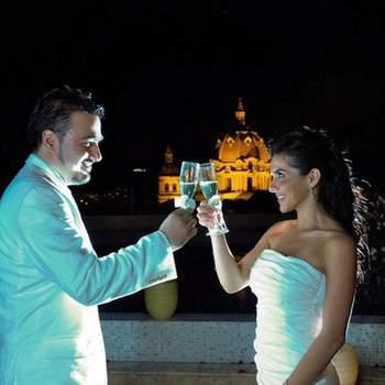 Se porter un toast l'un à l'autre, rien de tel ! - Photo : alvaro delgado