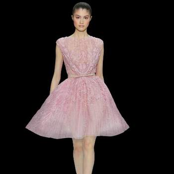 Abito in tulle color rosa candy con gonna ampia. Elie Saab Haute Couture.