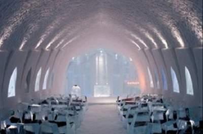 Ice church. Foto: www.icehotel.com