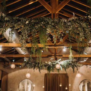 Credits: Doblelente y  decoración floral de Llorens y Durán