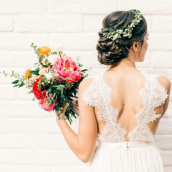 Penteado para noiva com cabelo preso | Foto: Vienna Glenn
