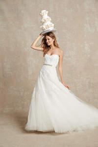 Die 50 schönsten Brautkleider für diesen Sommer! Wählen Sie Ihren absoluten Favoriten!
