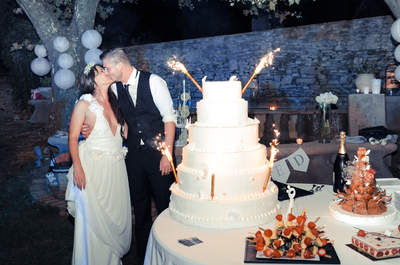Ariane + Romain: un magnifique mariage bohème célébré au coeur d'une oliveraie près de Toulon  !