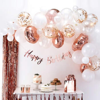 Arco de globos de oro rosa 70 unidades- Compra en The Wedding Shop
