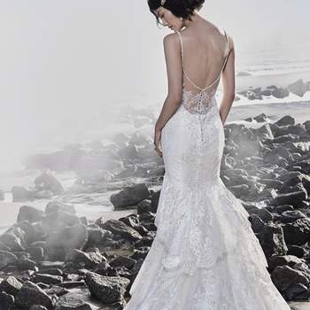 "<a href=""https://www.maggiesottero.com/sottero-and-midgley/jackson/11542"">Maggie Sottero</a>"