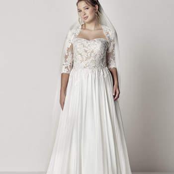 Modelo vestido Etir da Pronovias