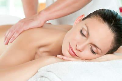 ¿Cuáles son los beneficios de un masaje en pareja?