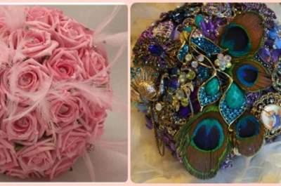 Bouquet-gioiello con rose e piume ton sur ton via omniasposi.com, e con piume di pavone e broche di cristalli, via etsy.com