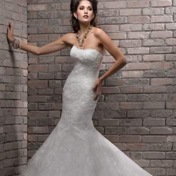 Muitas noivas adoram rendas e se você é uma delas, veja os modelos da coleção Divina 2013, de Maggie Sottero e inspire-se.