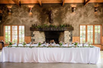 Okrągłe czy prostokątne? Jakie stoły wybrać na wesele? Pomożemy Ci zdecydować!