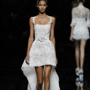 Défilé de robes de mariée Pronovias collection 2013 - Crédit photo: Pronovias
