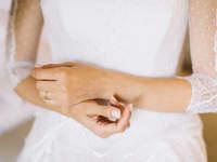 Maniküre für die Braut