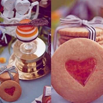 Biscoitos decorados para seu casamento.