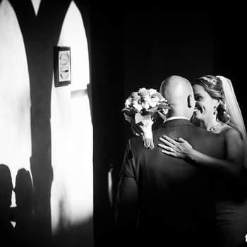 <img height='0' width='0' alt='' src='https://www.zankyou.it/f/framelines-wedding-photographers-11743' /> Clicca sulla foto per contattare senza impegno il fotografo</a>