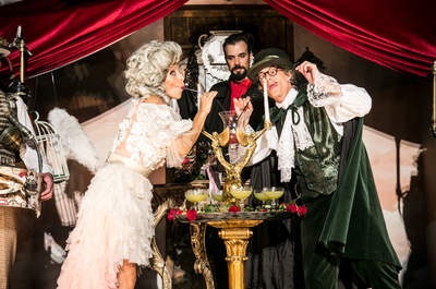 Hendrick's Unusual Wedding de Lady Rose & Sir Pepino