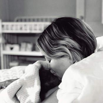 Kate Hudson foi mãe pela terceira vez no dia 2 de outubro. | Foto via Instagram @katehudson