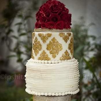 Credits: The Hot Pink Cake Studio by Ipshita.