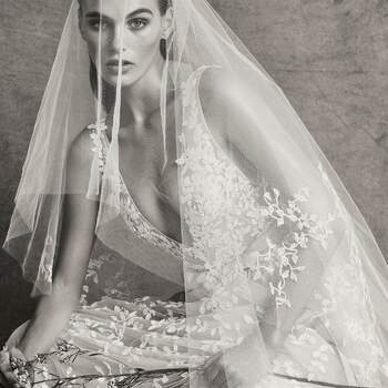 Christie with veil, Zuhair Murad