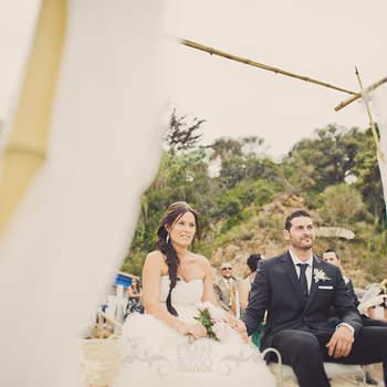 Con muy poco esfuerzo podemos encontrar elementos que nos sirvan para crear un lugar ideal para nuestra boda al aire libre. Foto: Fran Russo.