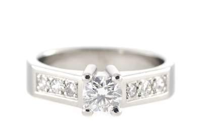 3 elegantes anillos de compromiso