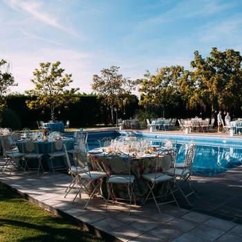 Una de las fincas más exclusivas e íntimas de Madrid. Podréis perderos entre sus más de 60.000 metros cuadrados de jardines y podréis celebrar ese día tan especial en un entorno natural único.