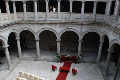 La boda de Juan Carlos y Esther en el Parador de Santo Estevo