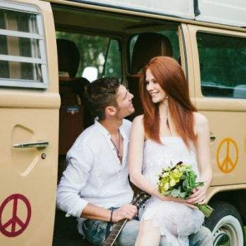 Os noivos pousaram junto à Pão de forma. Foto: Bell Studio.