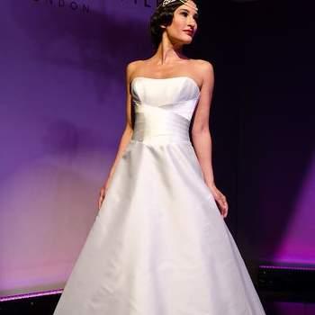 Robe de mariée au tombé impeccable. Ultra romantique. Source : Suzanne Neville