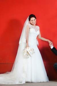 ¿Cómo bailar el vals de bodas?
