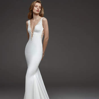 Claudine, Pronovias