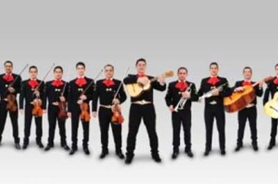 La música de serenata anterior a la boda: mariachis, trío de boleros, vallenato, tuna…