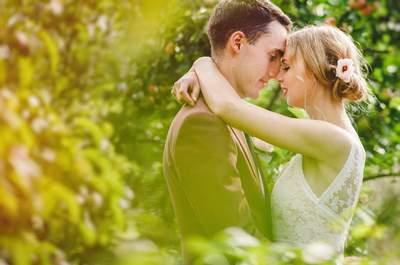 A D-I-Y wedding: Gabija and George's gorgeous initmate garden wedding!