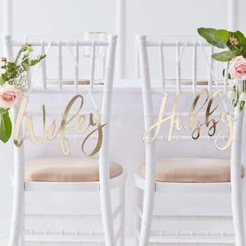 Decoraciones de sillas de boda de doradas- Compra en The Wedding Shop