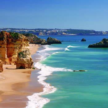 Praia da Rocha - Algarve Via: Pinterest